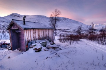 Photo of the Day - www.letsbewild.com - The Lonely Hunter's Cabin - Natalia Robba