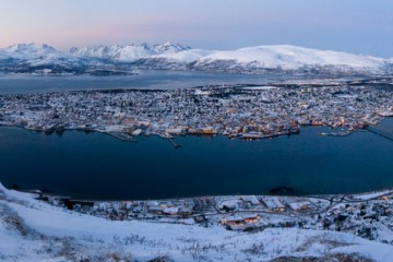 Photo of the Day - www.letsbewild.com - Tromso Norway, Arctic Landscape - Natalia Robba