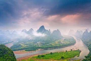Adventure Travel Photo of the Day - www.letsbewild.com - Guilin Scenery, Lijiang River, Guilin, China - Helminadia Ranford