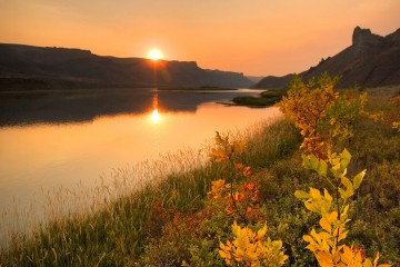 Adventure Travel Photo of the Day - White Cliffs of the Missouri River, Montana, United States - Roland Taylor