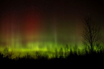 Adventure Travel Photo of the Day - Northern Lights over Ontario