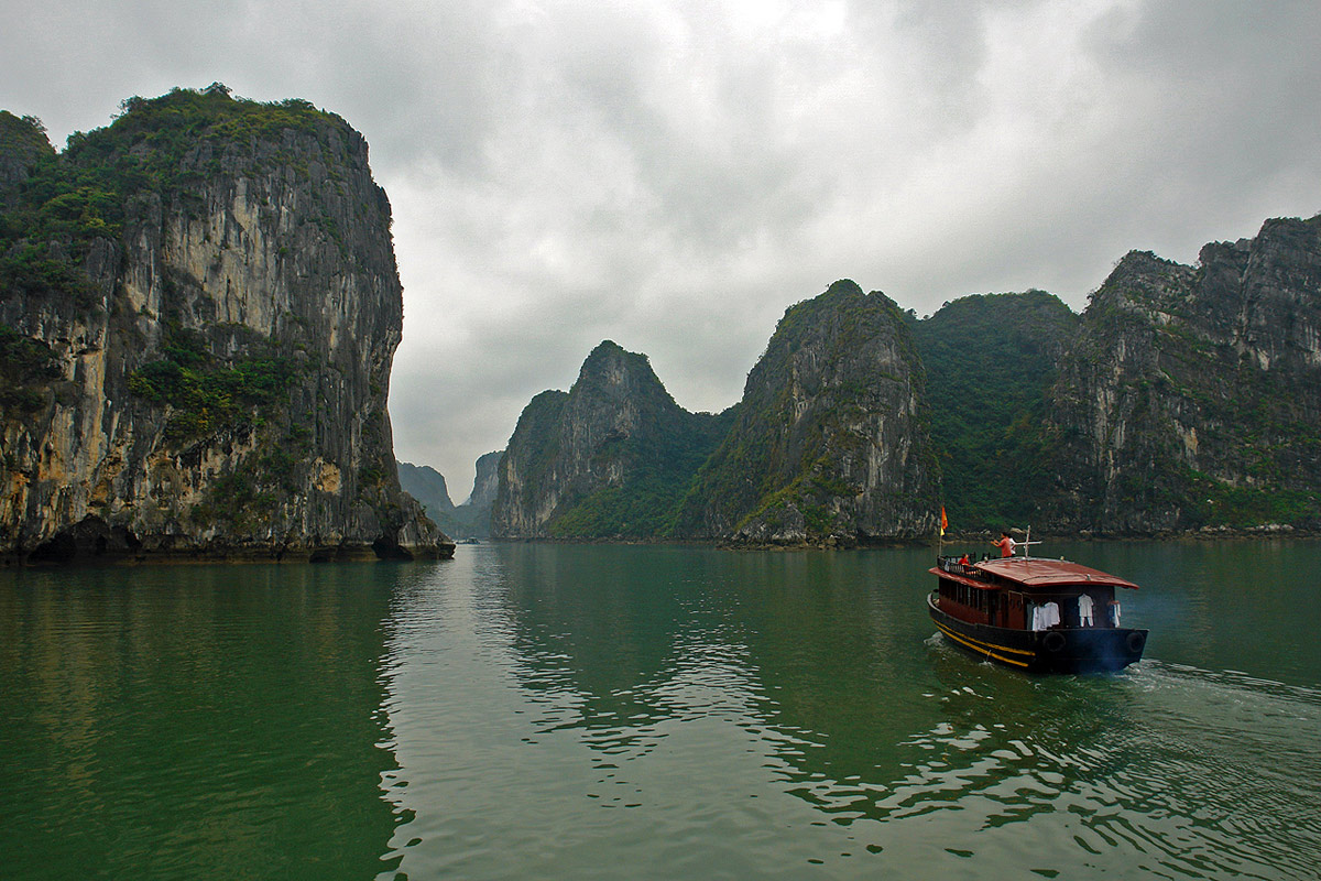 Adventure Travel Photo of the Day: Ha Long Bay, Vietnam