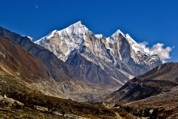Adventure Travel Photo of the Day: Bhagirathi Peaks