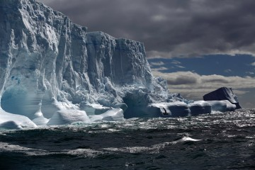 Photo of the Day: Antarctic Iceberg